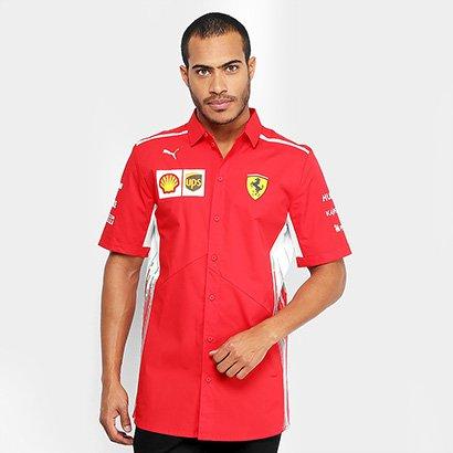 Inspire-se no visual dos grandes pilotos com a Camiseta Puma Scuderia Ferrari Team Masculina. Unindo esportividade e est...