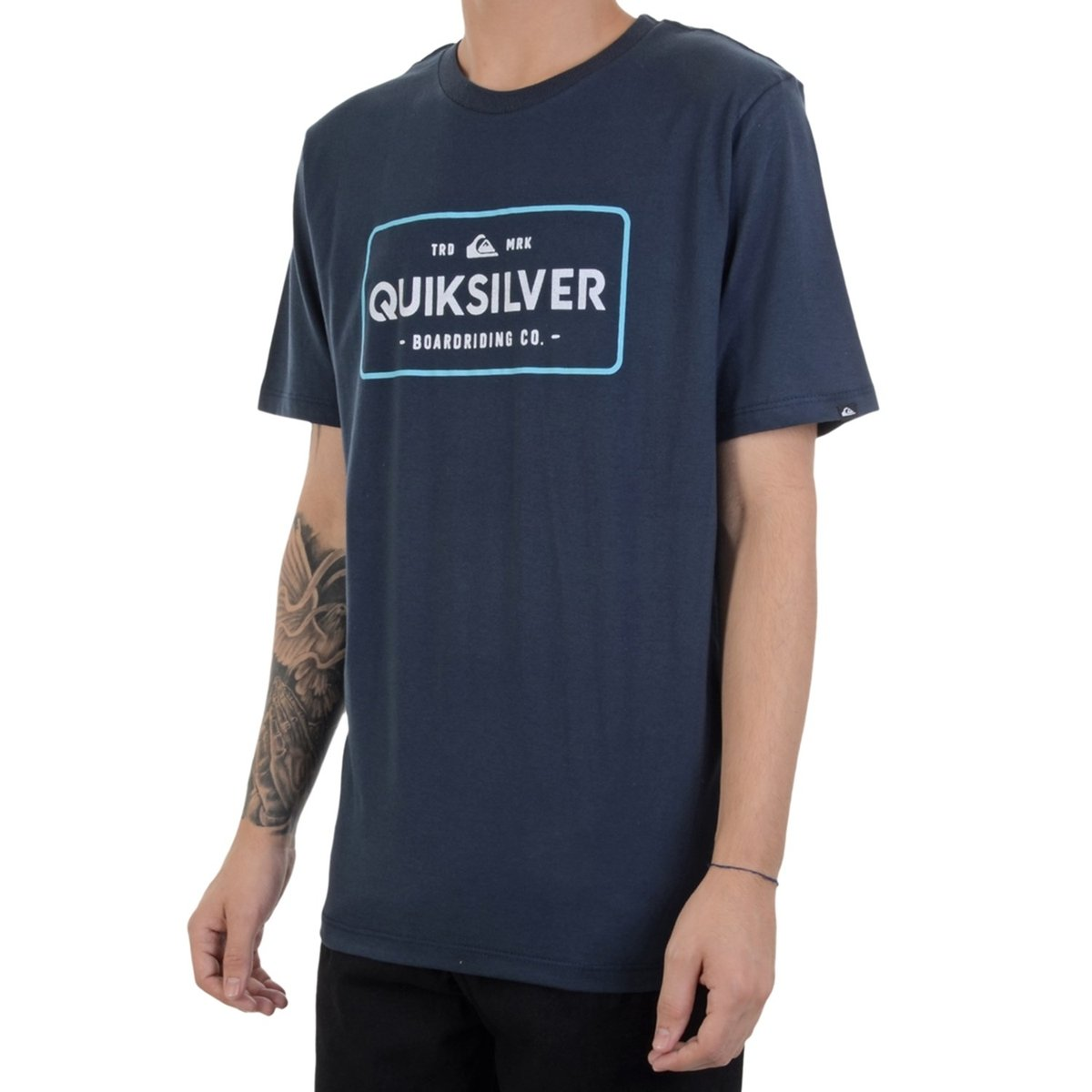 Camiseta Quiksilver Detention Thermal Masculina  Camiseta Quiksilver  Detention Thermal Masculina ... 5b13069995c