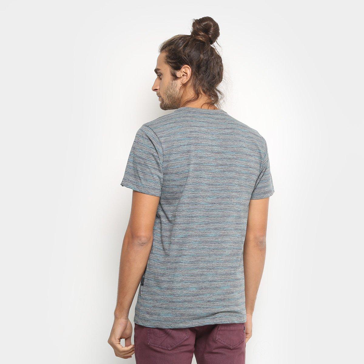 844b164dc1 Camiseta Quiksilver Listrada Especial Street Masculina  Camiseta Quiksilver  Listrada Especial Street Masculina ...