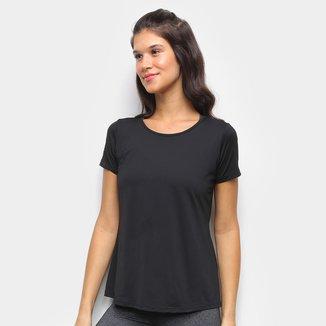 Camiseta Rainha Classic Tech Feminina
