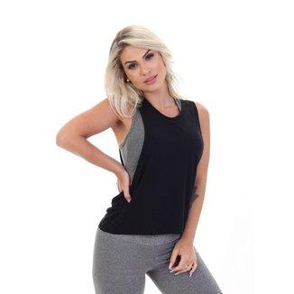 Camiseta Regata Fitness Cavada com micro Furinhos