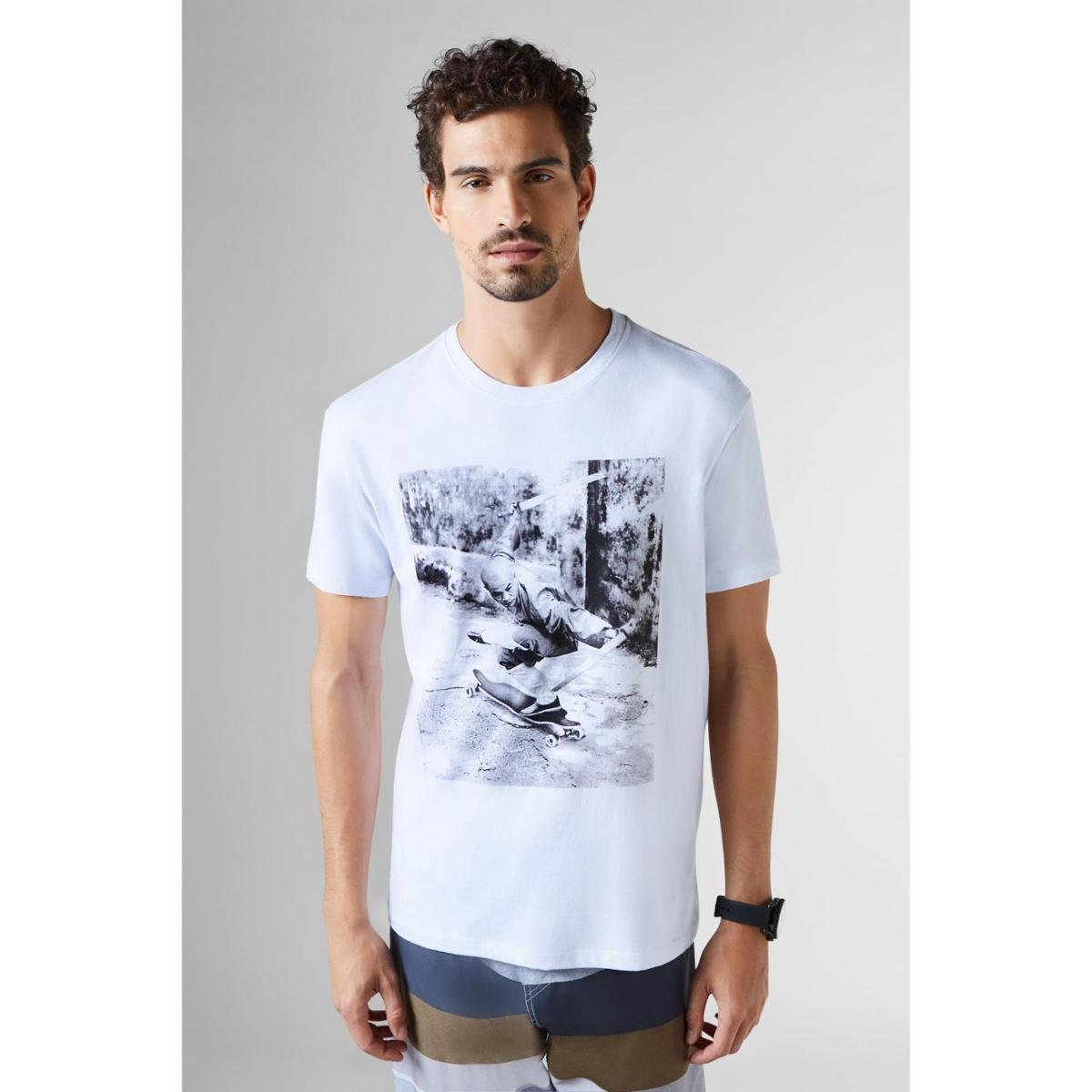 bac5c6ddc6 Camiseta Reserva Estampada Monk Masculina - Branco - Compre Agora ...
