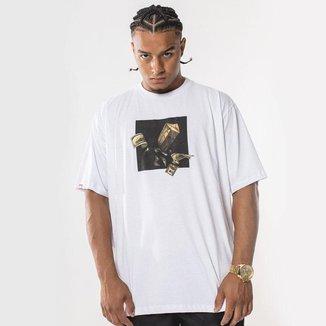 Camiseta Shy Boy