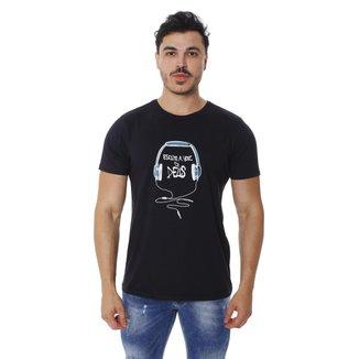 Camiseta T-Shirt Básica Escute a voz DEUS Gospel Evangélico Religioso Cristão