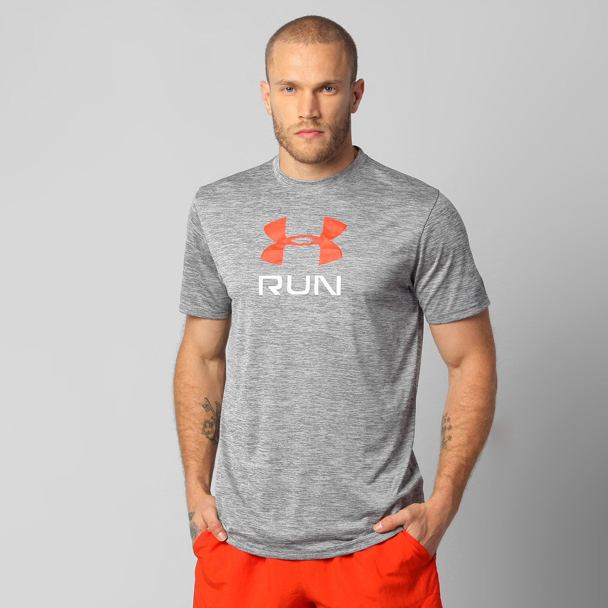 b53474c2f318b Camiseta Under Armour Run Big Twist Graphic - Compre Agora