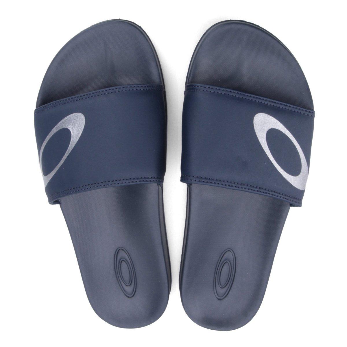 e72ed6d05737 Chinelo Oakley Malibu Slide Masculino - Marinho - Compre Agora ...