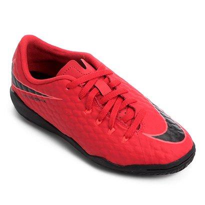 A Chuteira Futsal Infantil Nike Hypervenom Phelon 3 IC cuida da segurança e  do desempenho do 4272f98120317