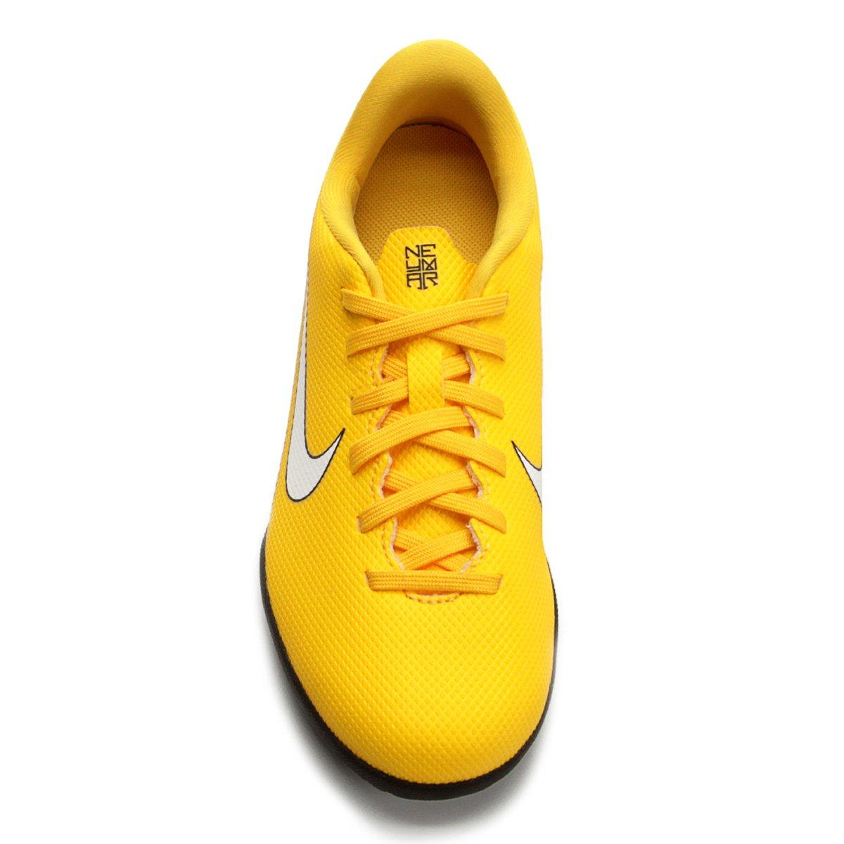 ac539ef4b7 ... Chuteira Futsal Infantil Nike Mercurial Vapor 12 Club GS Neymar IC ...