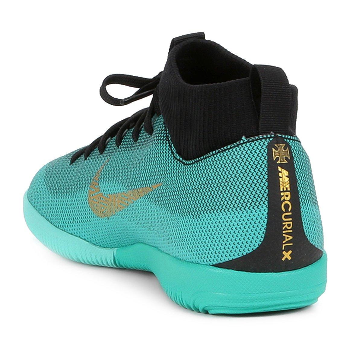 b3134e49f4 Chuteira Futsal Infantil Nike Superfly 6 Academy GS CR7 IC - Dourado ...