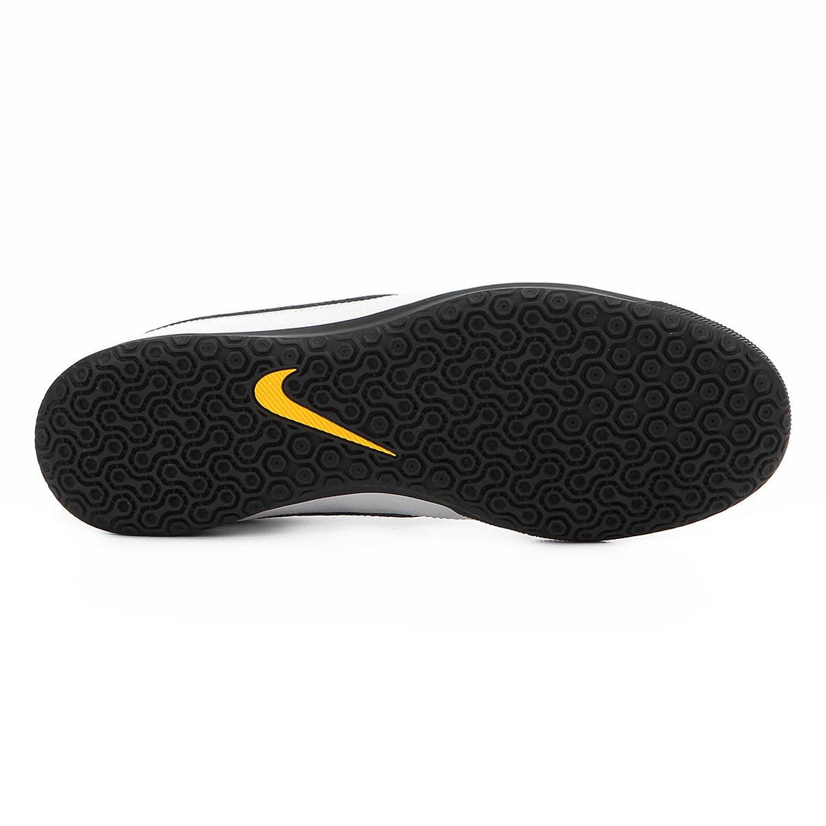 Chuteira Futsal Nike Majestry IC - Branco e Preto - Compre Agora ... f83a9b96e51ff