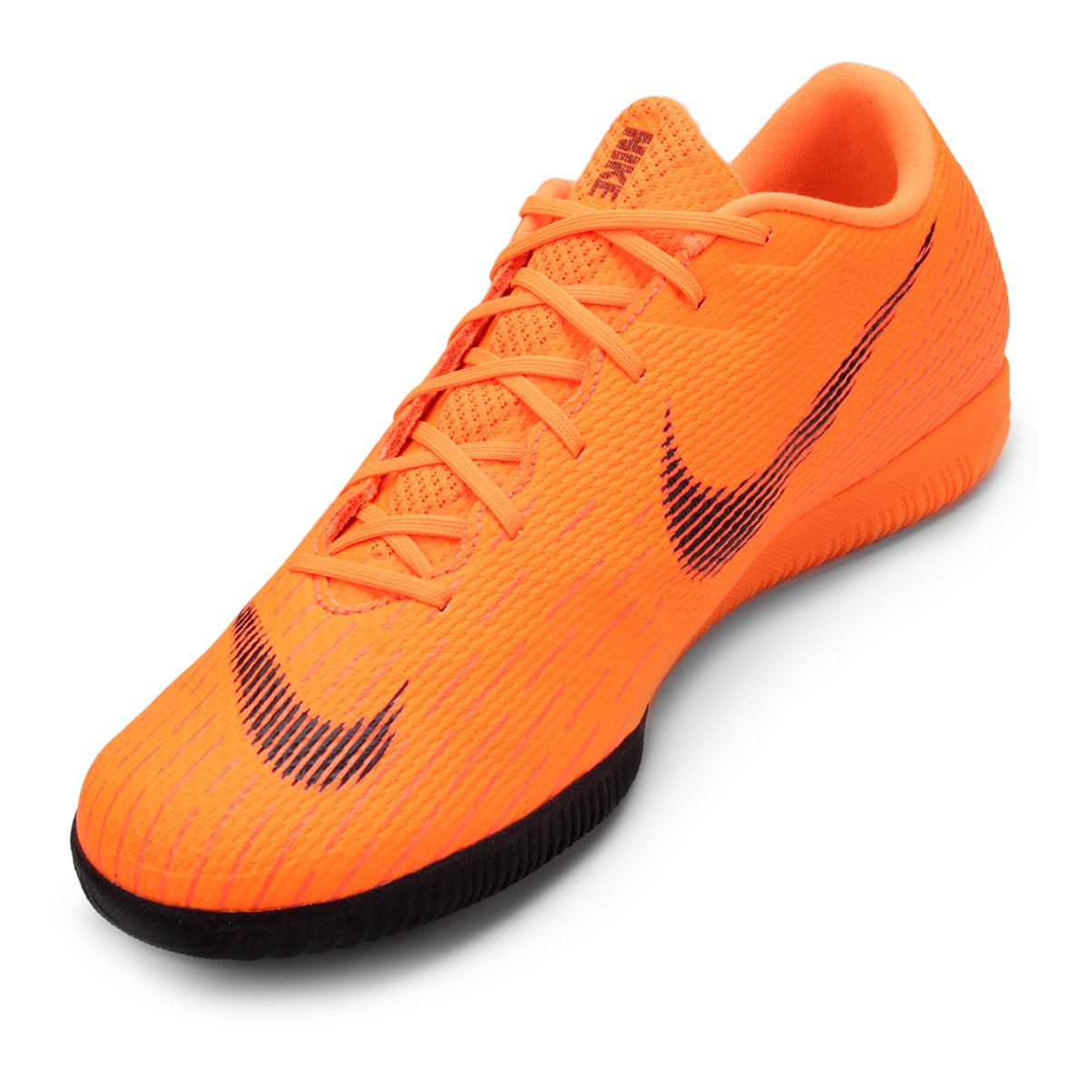 Chuteira Futsal Nike Mercurial Vapor 12 Academy - Laranja e Preto ... 2fdd04aa14aa4