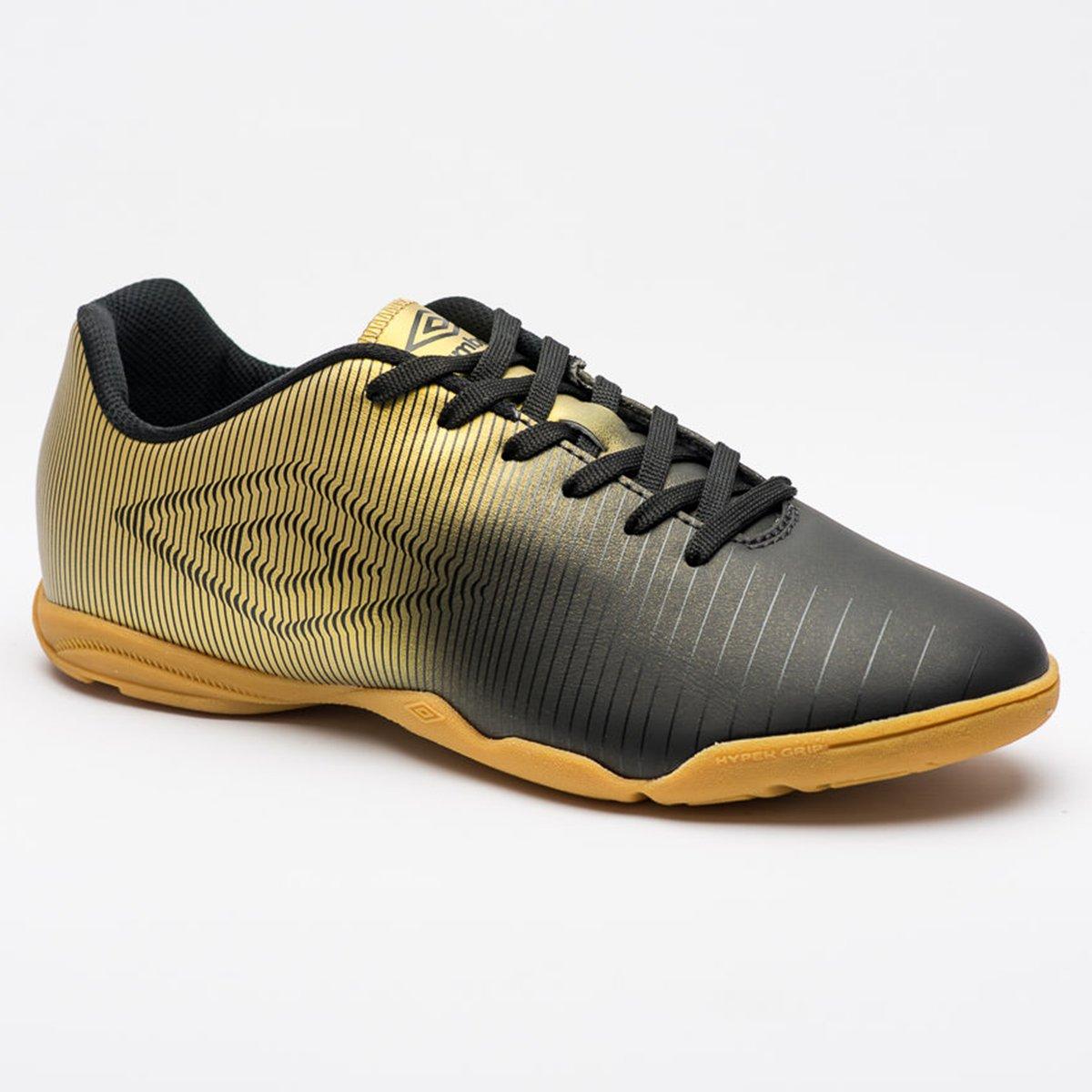 76bc61257e7f5 Chuteira Futsal Umbro Vibe - Preto e Dourado - Compre Agora