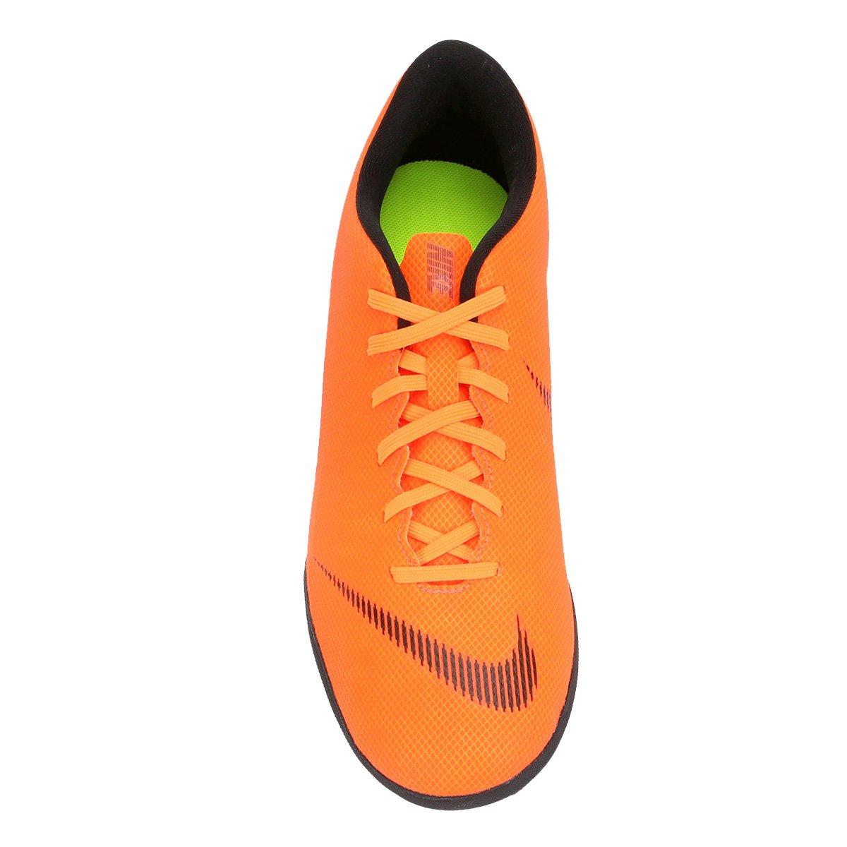 7f5041ab0e Chuteira Nike Society Mercurial Vapor 12 Club - Laranja e Preto ...