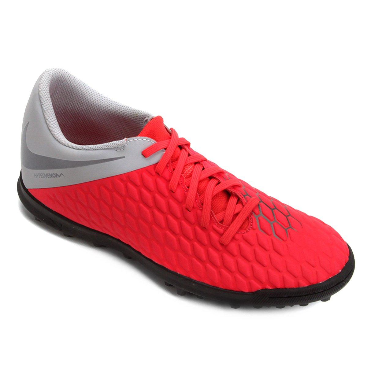 16ec14b25a39d Chuteira Society Nike Hypervenom Phantom 3 Club TF - Vermelho e Cinza -  Compre Agora