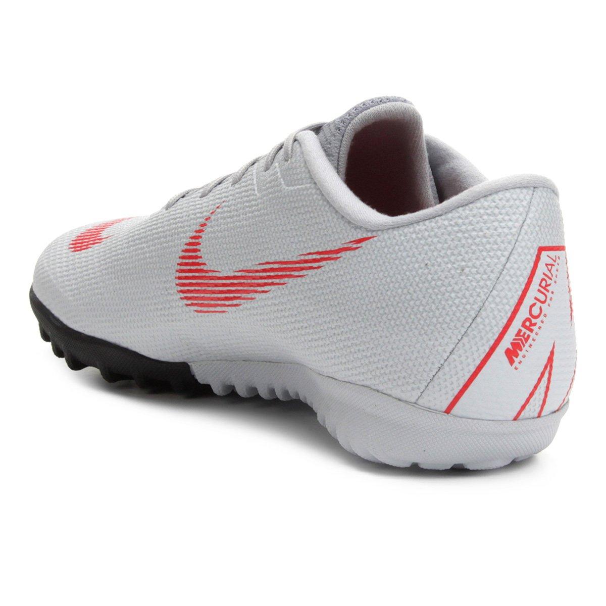 Chuteira Society Nike Mercurial Vapor 12 Academy - Preto e Cinza ... c7d95da8264a1