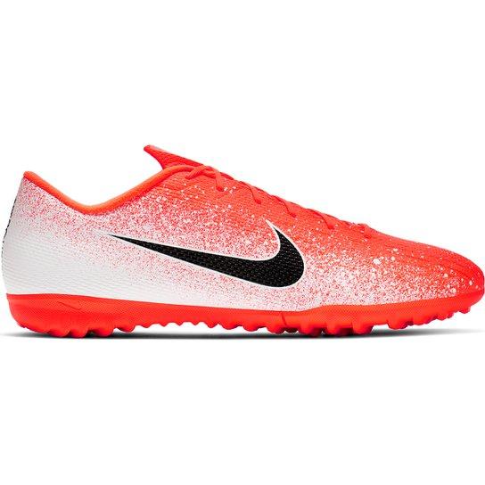Menor preço em Chuteira Society Nike Mercurial Vapor 12 Academy - Laranja e Branco