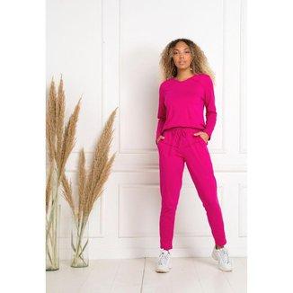 Conjunto calça e blusa  produzido tem tecido 100% algodão