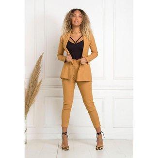 Conjunto de calça e blazer manga longa Nude conforto e elegância