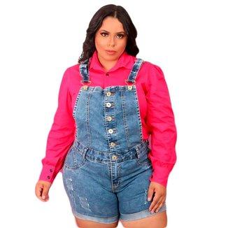 Jardineira Macaquinho Jeans Plus Size Alça Regulável Botões Frontais Barra Feita