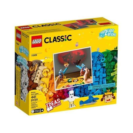 LEGO Classic Peças e Luzes 441 Peças - Colorido