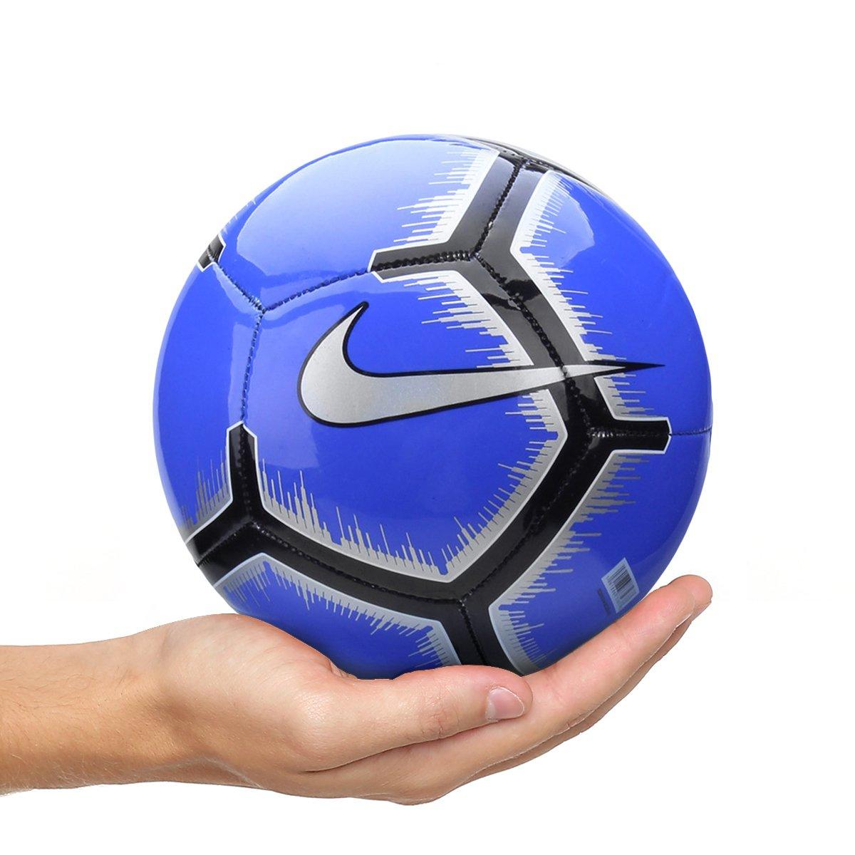 d71e012ba3aaa Mini Bola de Futebol Nike Skills - Azul e Preto - Compre Agora ...