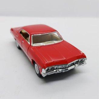Miniatura Chevrolet Impala 4 portas 1967 Carrinhos de coleção