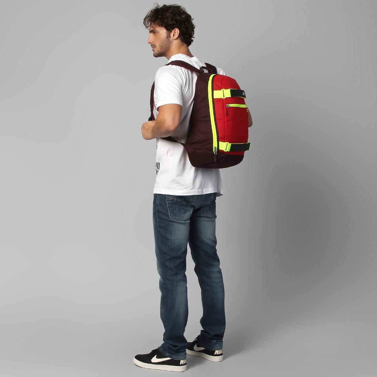 da66446057 Mochila Nike Embarca Medium - Vermelho e Vinho