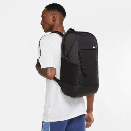 Mochila Nike Sportswear Essentials Masculina