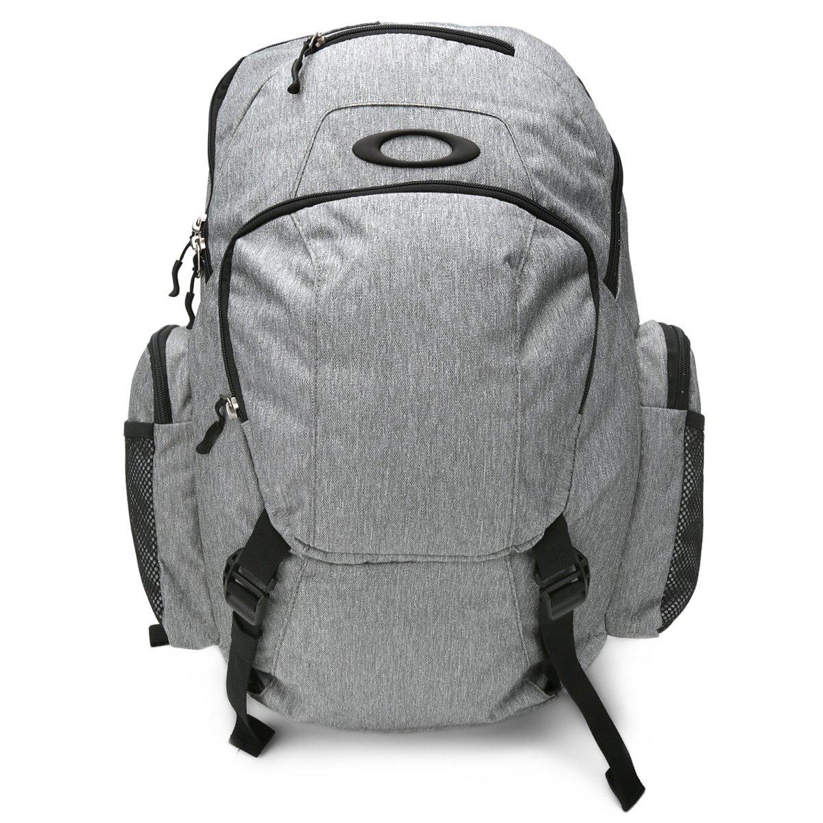 Mochila Oakley Mod Blade Wet Dry 30L Masculina - Cinza - Compre Agora  30ece1c110a