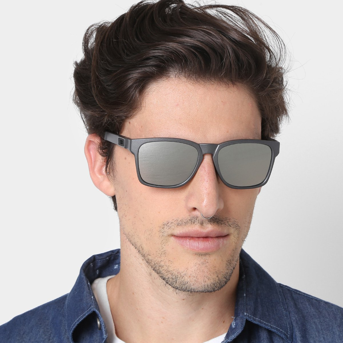 c9e8e24c7b490 Óculos de Sol Oakley Catalyst Iridium Masculino - Compre Agora ...