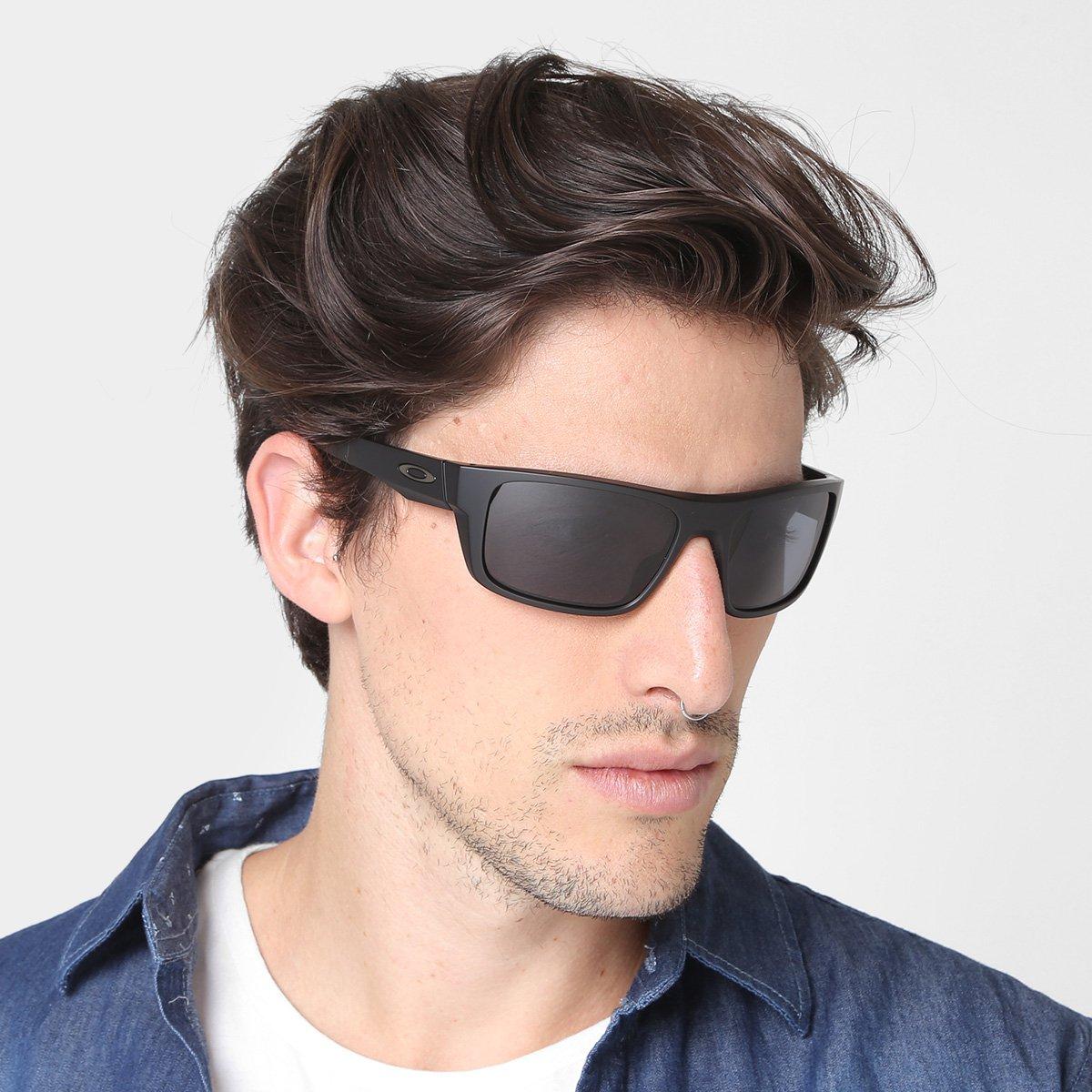 Óculos de Sol Oakley Drop Point Masculino - Preto e Cinza - Compre ... 6cd4f136f6
