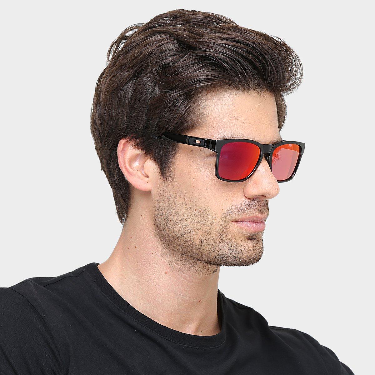 Óculos Oakley Catalyst Masculino - Vermelho e Preto - Compre Agora ... 8c4f70efbf