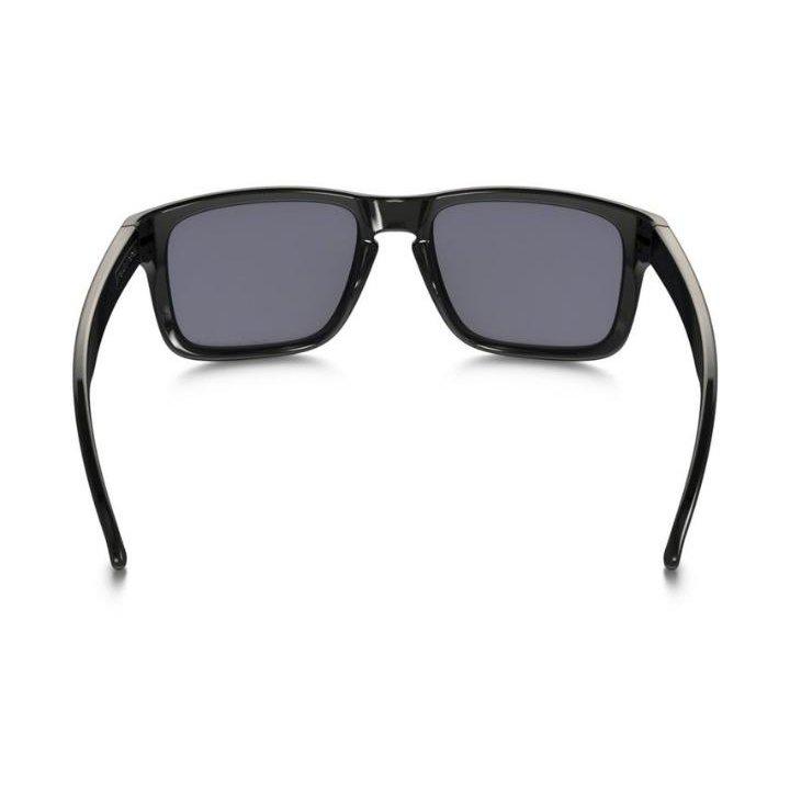 5cccbe89f6a28 Óculos Oakley Holbrook Polarizado Black Grey - Compre Agora   Netshoes