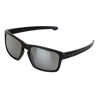 Com design básico e inspiração esportiva, o Óculos Oakley Sliver Iridium  Polarizado Masculino traz design 31b92f4ce1