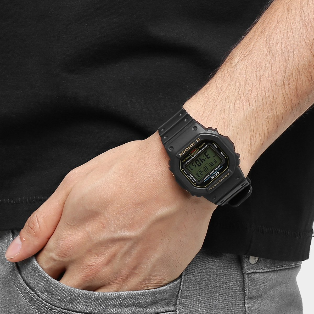 Relógio G-Shock Digital DW-5600EG-9VQ - Compre Agora   Netshoes 0d2025b6db