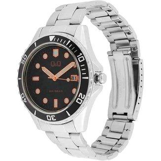 Relógio masculino analógico Q&Q Quartz A172J212Y prata preto