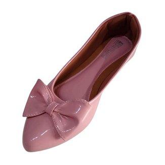 Sapatilha feminina cor rosa com bico fino