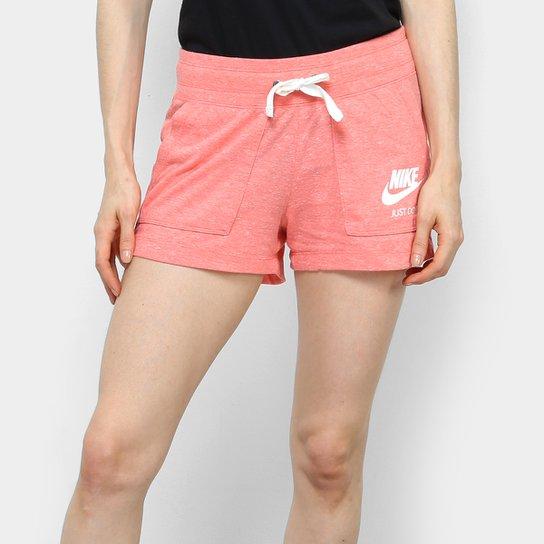 Short Nike Gym Vintage Feminino - Vermelho Claro