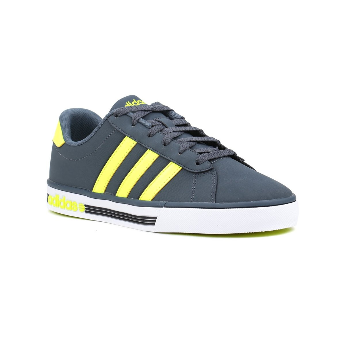 ff35b6b8cff Tênis Casual Adidas Daily Team Adidas - Compre Agora