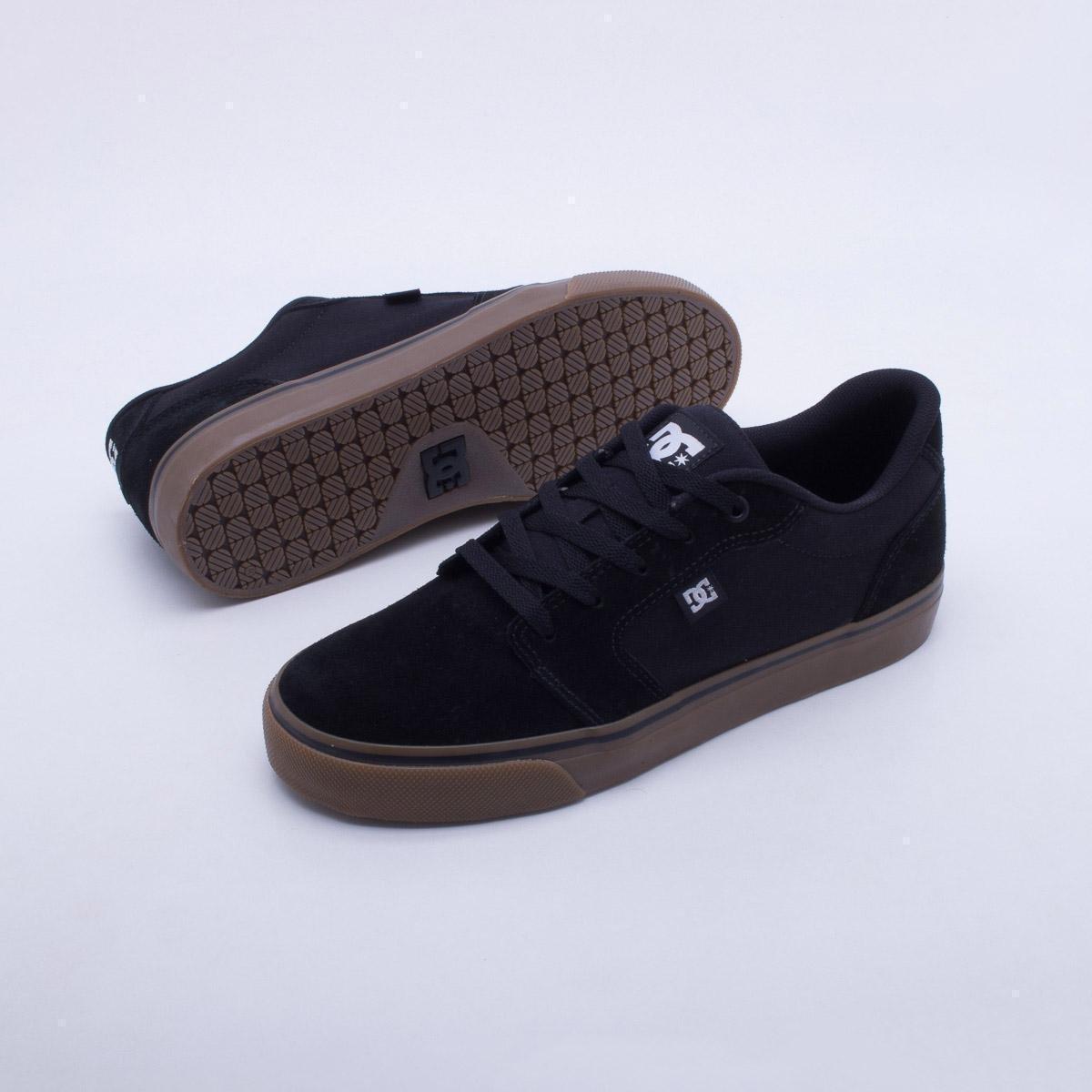 849e565cf2 Tênis DC Shoes Anvil La Masculino - Preto e Chumbo - Compre Agora ...