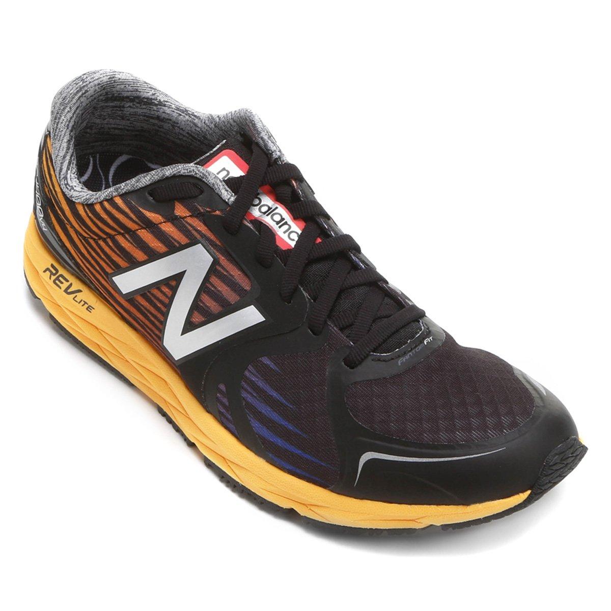 buy popular 414a1 121e7 Tênis New Balance 1400 V4 Masculino - Preto e Laranja