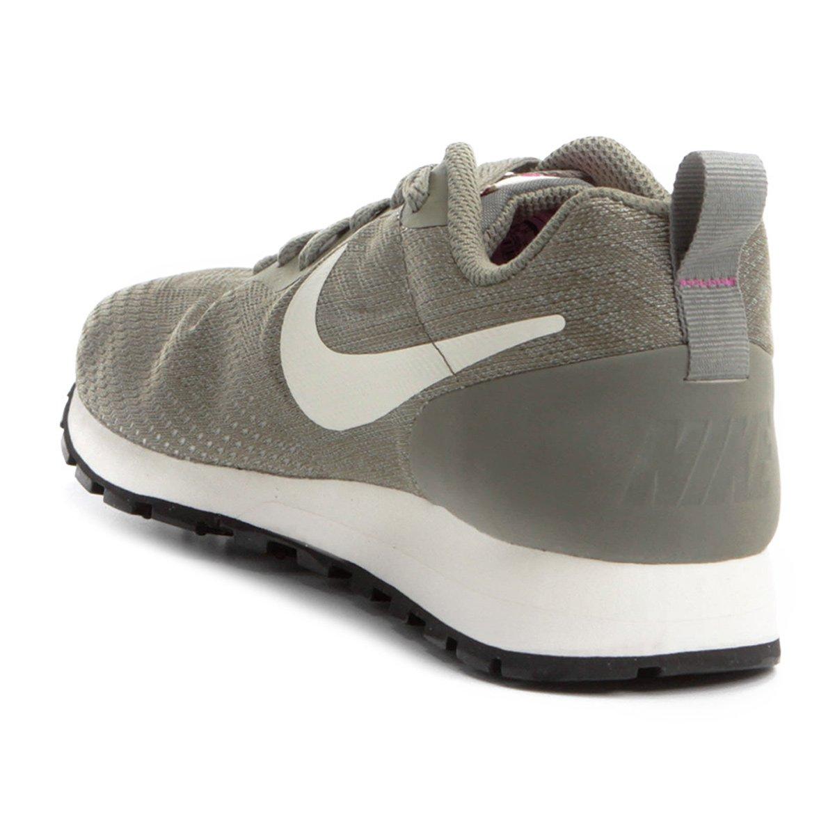 55c267b9d2 Tênis Nike Md Runner 2 Eng Mesh Feminino - Verde e Branco - Compre ...