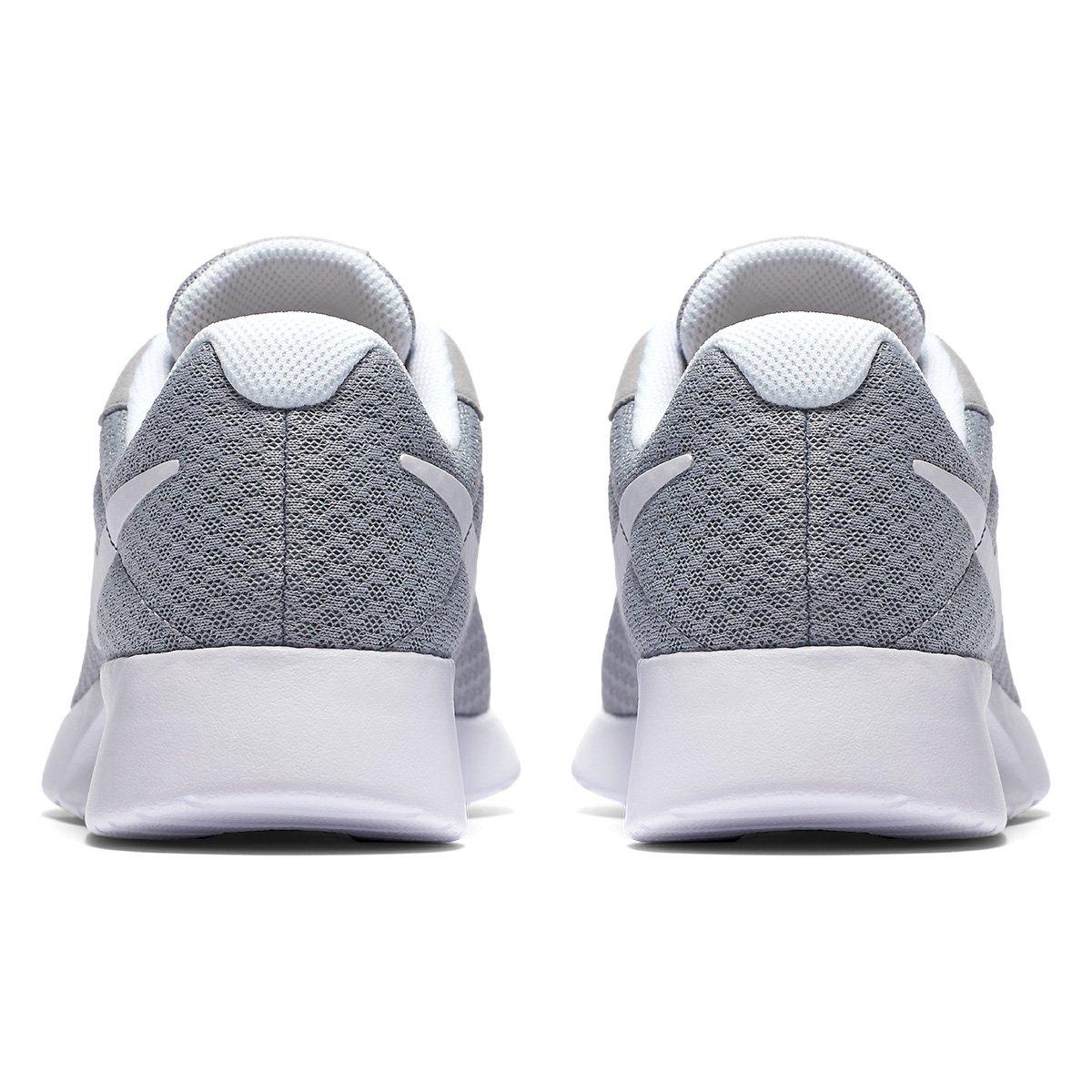 Tênis Nike Tanjun Feminino - Cinza e Branco - Compre Agora  768b748c2efb3