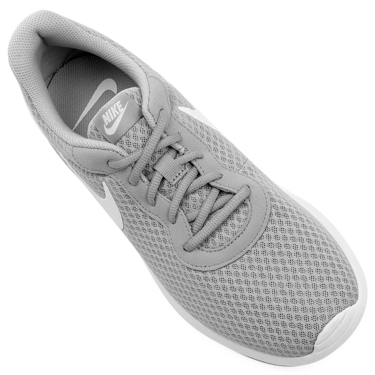 Tênis Nike Tanjun Masculino - Cinza e Branco - Compre Agora  b6d95a52afa35
