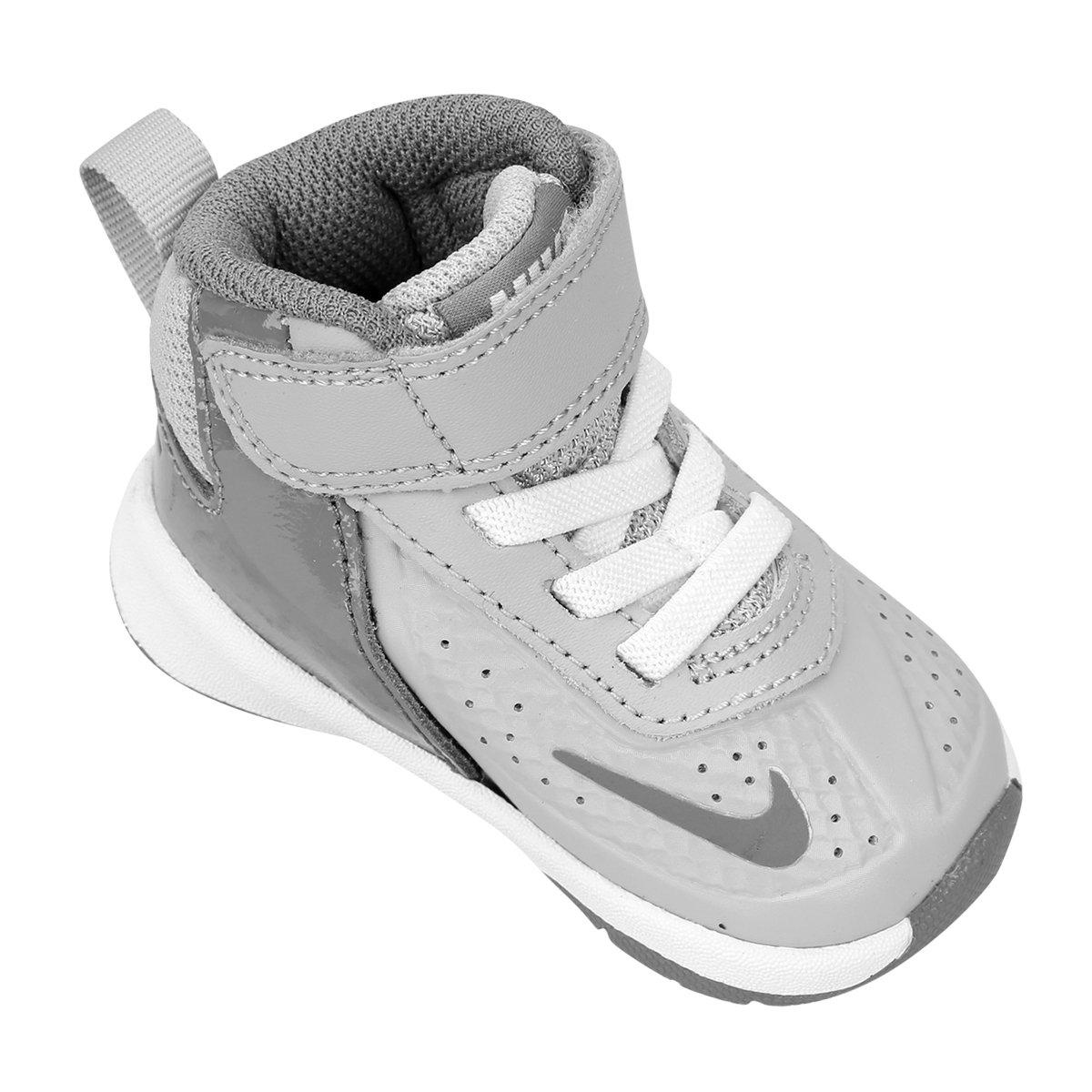 d67c2e1770 Tênis Nike Team Hustle D 7 Infantil - Compre Agora