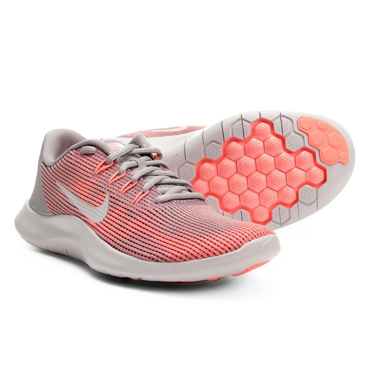 7f21d4737d5b8 Tênis Nike Wmns Flex 2018 Rn Feminino - Cinza e Vermelho - Compre Agora