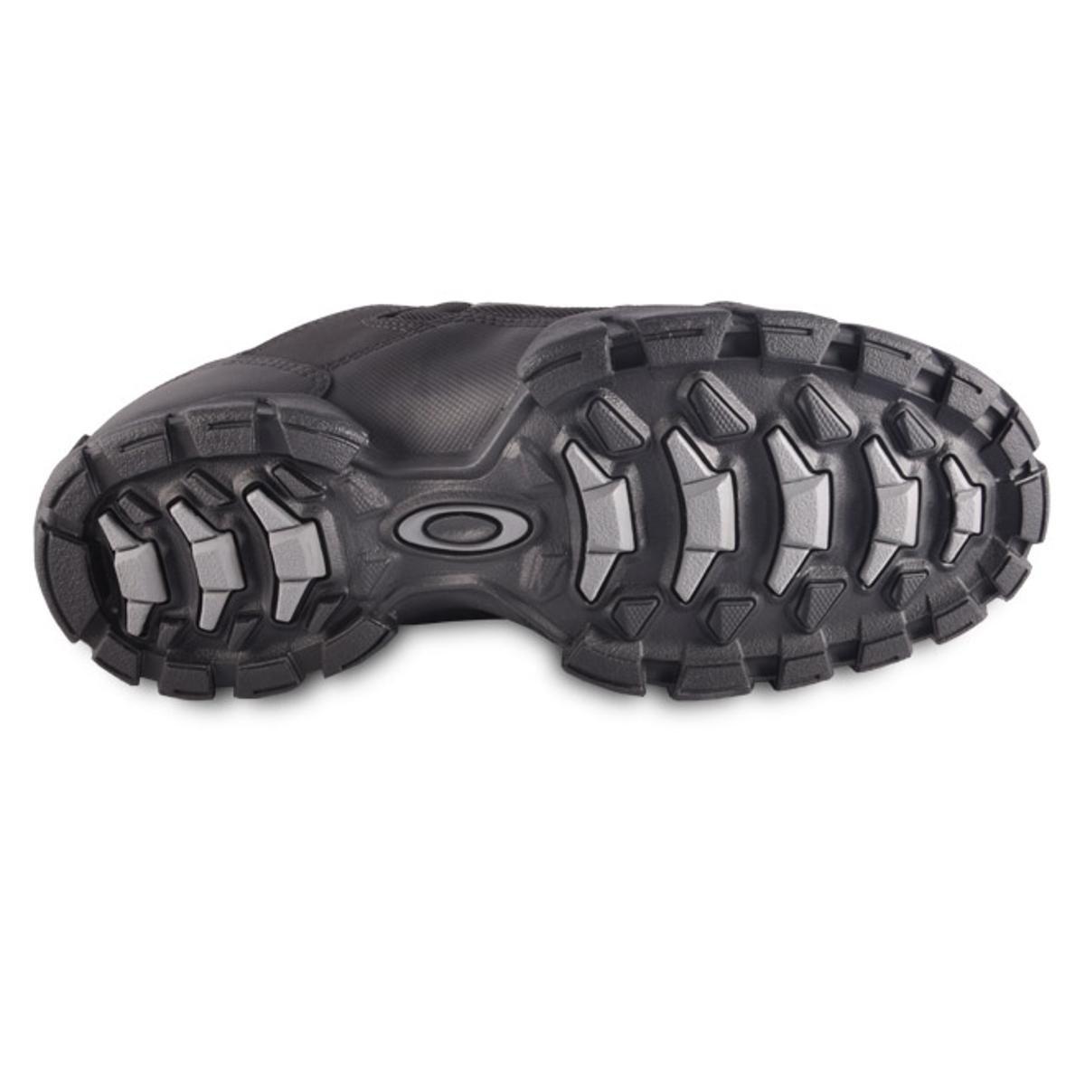 Tênis Oakley Halftrack Low - Preto - Compre Agora   Netshoes e0d3902ec3